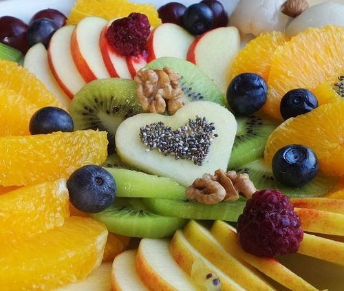Welcome - healthy fruit plate for children and parents